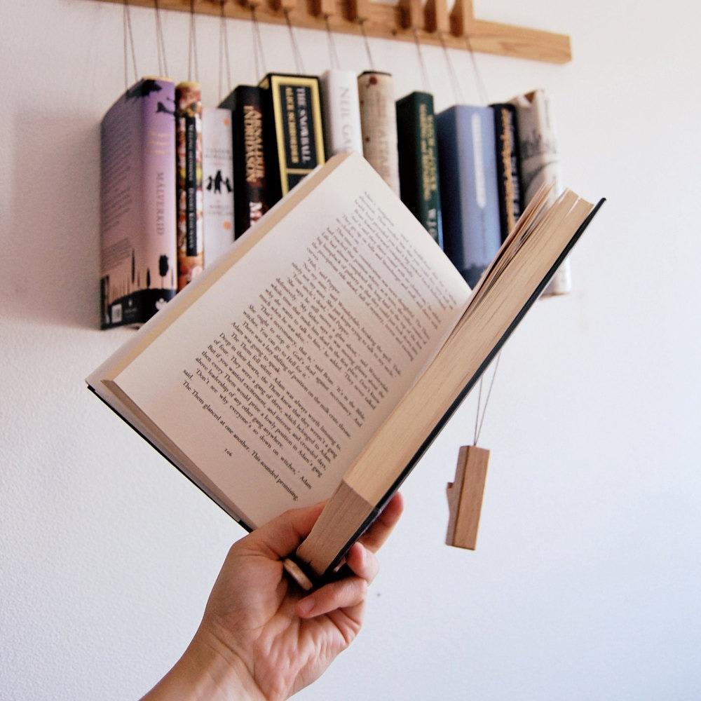 tag re livres en bois sur mesure biblioth que en ch ne. Black Bedroom Furniture Sets. Home Design Ideas