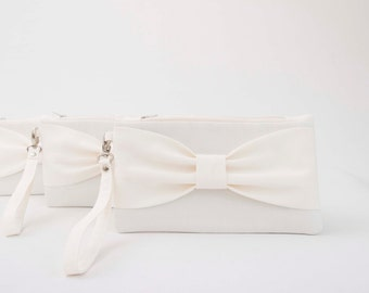 Bridesmaid clutch ,ivory bow clutch,wristlet clutch,bridesmaid gift ,wedding gift ,make up bag,zipper pouch