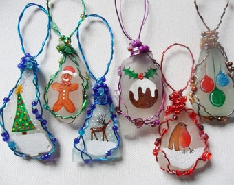 Sea glass hand painted art christmas tree decorations - choice of colours and designs - wire wrapped with beading