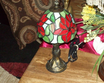Stained Glass Shade Table Lamp- Poinsettia Flower Designs