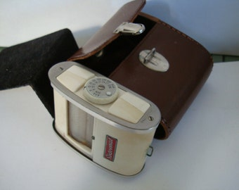 LIGHT METER marked SIXTOMAT, in original leather case. looks like 1950's item, see description please