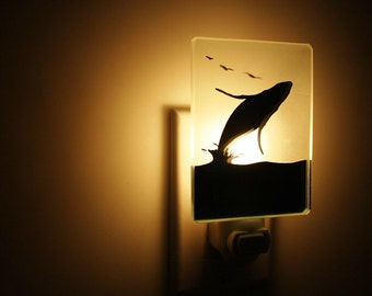 nightlight whale /veilleuse baleine
