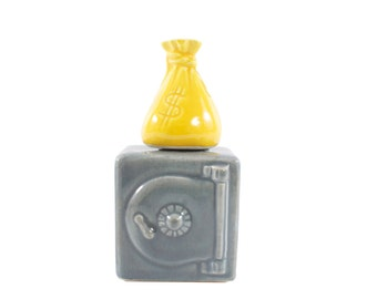Be Safe!  Salt and Pepper Shakers - Vintage - Safe and Money