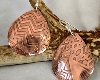 Big copper textured earrings.  Teardrop copper earrings.  Big and Bold.