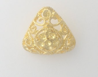 Gold Filigree Button: 2488
