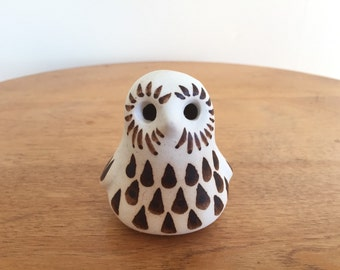 Strawberry Hill Pottery Owl - Thunder Bay Pottery Bird - Canadian Art Pottery - Vintage Owl Sculpture - Scandinavian