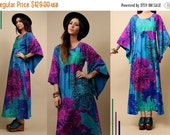 15% OFF 1DAY SALE 60s 70s Vtg Angel Sleeve HAWAiI Print Maxi Dress / Boho Op Art Mod Hippie Gorgeous Floral Saturated MERMAiD Gown / Small -