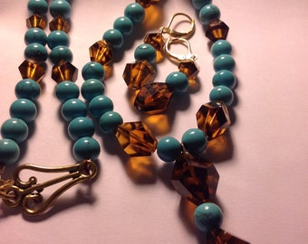 Beautiful Turquoise & Amber Vintage Beaded Necklace with Earrings