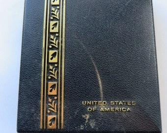 U.S.NavyGoodConductmilitary medal inSmall Presentation CASE