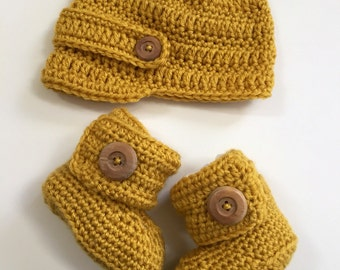 Newsboy Hat and Bootie Set- gift set- photo prop- boots -