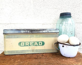 BREAD BOX | Vintage c.1920's-1930's Metal Breadbox | Tin Bread Bin | 1930's Green and Cream Kitchenware | Small Bread Box | Hoosier Cabinet
