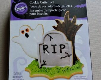 Halloween Cookie Cutter Set -  Halloween Scene Graveyard cutter set- Wilton