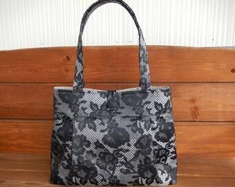 Handbag Purse Fabric Handbag Fashion Accessories Women Handbag Large Shoulder Bag in Light gray with Black Roses print