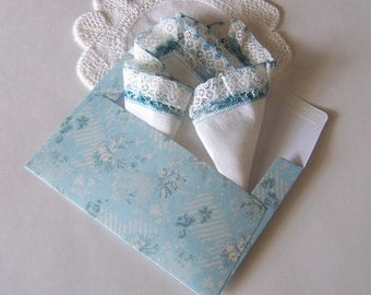 Wedding Handkerchief Something Old and Something Blue Antique Hand Made Lace Hanky Bride's Wedding Keepsake with Blue Gift Envelope