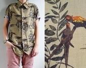 20% CNY SALE - Vintage Mens Olive Green Parrot Bird Print Shirt M or L