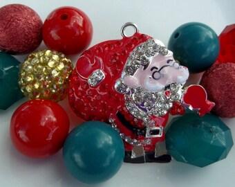 Santa Gold, Green & Red Bead Jewelry Kit, 20mm Sampler Gumball Bead Kit w/Pendant, M3