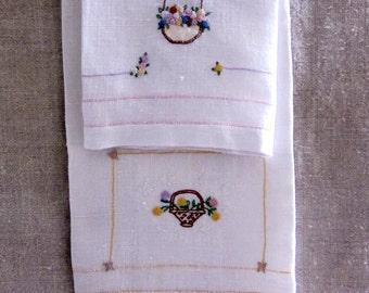Wonderful Cottage ChicPair of Vintage Linen Tea Towels