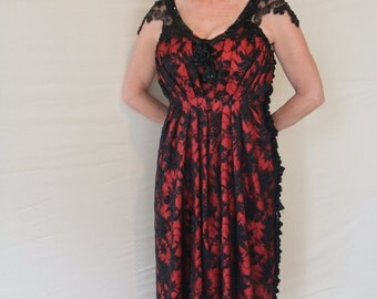 Black & Red Lace Mother of the Bride Dress / Alternative Wedding Dress/ 1920s Style Gothic Halloween Dress/ Gatsby Downton Abbey