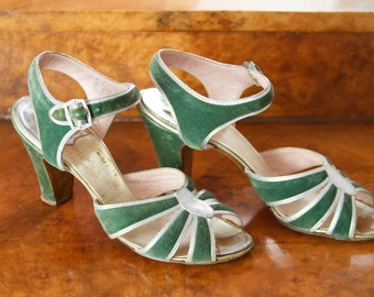 1930s Shoes // Jade Green Velvet Silver Leather Peep Toe High Heels