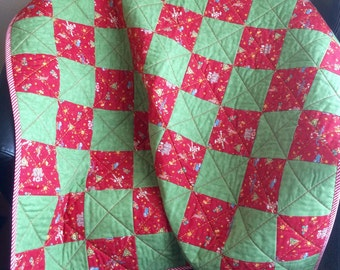 "A Beautiful 40"" X 49"" Quilt of Christmas Green, Red and A Traditional Design of Yesteryear"