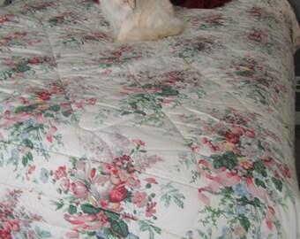 SALE Croscill Comforter English Garden Queen Romantic Cottage 80s Floral Very Soft Thick Spread Bedspread