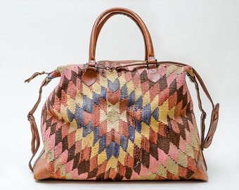 Vintage Kilim Duffle Bag HUGE Hand Woven Turkish Wool & Leather Bright Colorful Istanbul Grand Bazaar Luggage Bag Duffle Carry on Travel Bag
