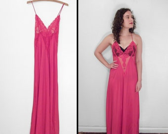 Hot Pink Negligee 1970s Nightgown Lace Deep V Spaghetti Strap Size Small