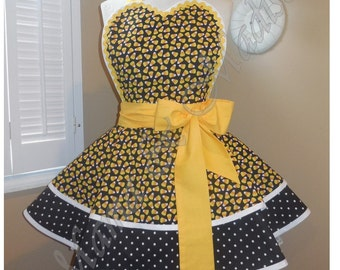 Candy Corn Print Woman's Retro Apron, Accented With Black & White PolkaDots Print...Ready To Ship