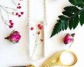 Babys Breath Bib Necklace - Pendant Gypsophila Flower Resin Jewellery Natural Gold Glitter