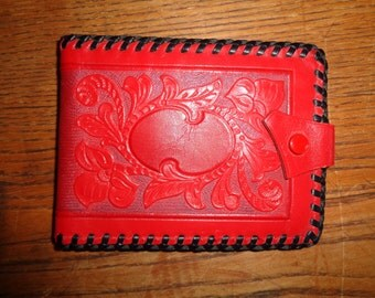 Vintage Embossed Red Leather Wallet made of Genuine Leather in Very Good Condition, Western Style Leather wallet with carved relief design