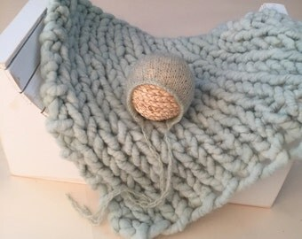 Soft Mint green Organic Alpaca luxury big knit bump layer, hand dyed knit with free mohair bonnet, newborn prop set