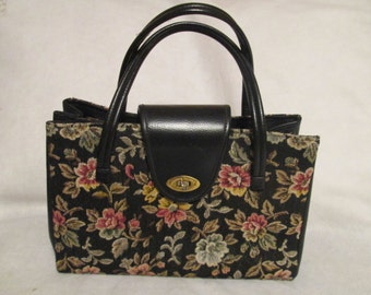 1960's Ladies Large Floral TAPESTRY Style HANDBAG No Label