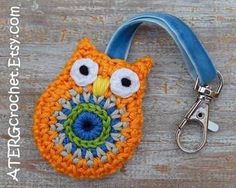 OWL keychain 'mango' by ATERGcrochet