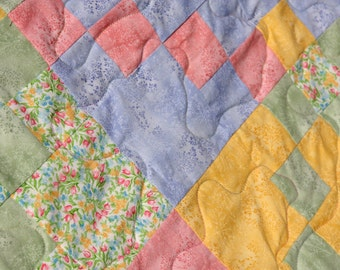 Tulip King / Queen Patchwork Quilt Handmade by Pingwynny