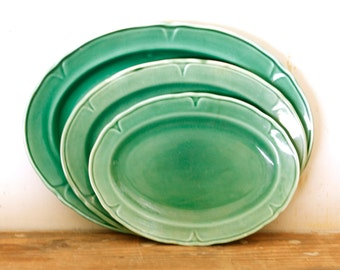 Green Ceramic Platters Petalware Platters Set of 3 Oval Sizes Vintage Platters Decorative Wall Collage Shelf Display