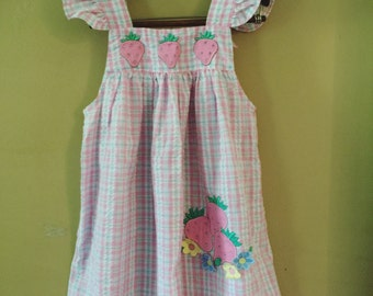 Vintage strawberry pinafore 6x