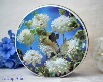 Blue And White Vintage Floral Tin, Retro Cookie Tin, ca. unknown