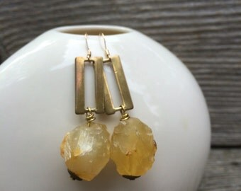 Vintage rectangle brass chain and yellow agate nugget earrings