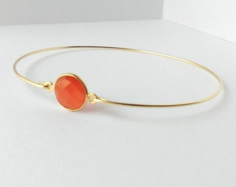 Orange chalcedony bracelet - Chalcedony bangle - Orange bracelet - Gemstone bracelet - Minimalist jewelry - Everyday jewelry - Gold Bangle