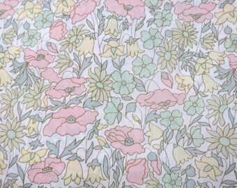LIBERTY Of LONDON Tana Lawn Cotton Fabric  'Poppy and Daisy' Pastel Floral Lg Fat Eighth 10 X 26 in