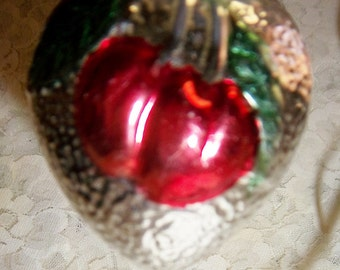 Mercury Hand Blown Ornament Red Cherries