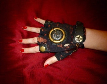 "WOMENS ""Dieselpunk V-2"" Moonhoar Monster Glove- Atomic Age, Sci Fi, Steampunk, Burning Man, Steampunk Festival, Captain America, Cosplay"