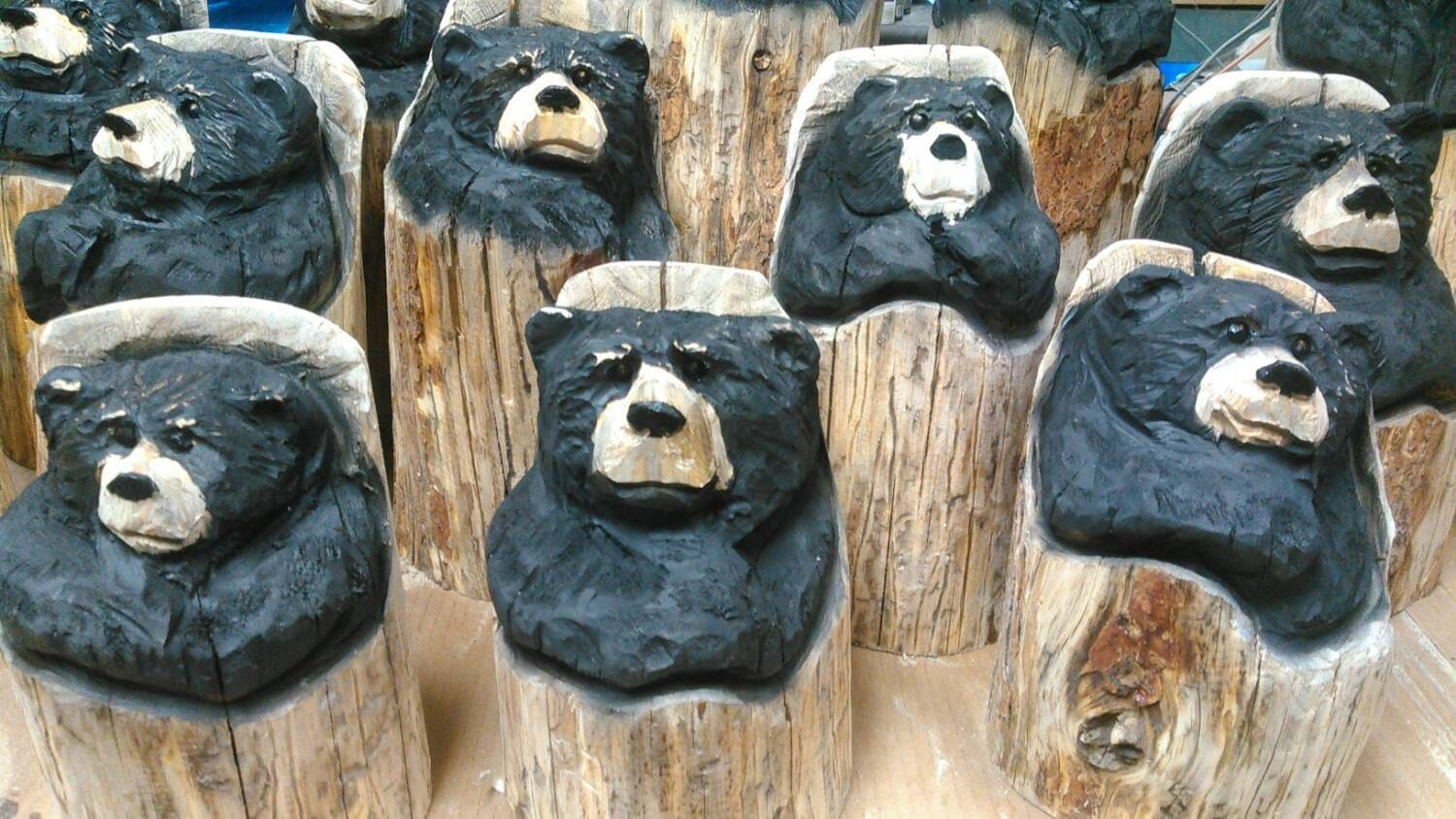 Bear art chainsaw carving wood small carved