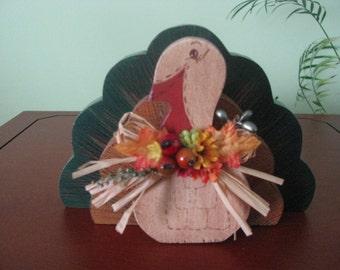 Turkey, Thanksgiving, flowers, shelf sitter, centerpiece, fall decor, fall, holidays