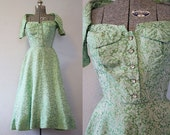 1950's Brocade Green Party Dress / Size Small