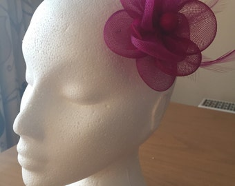 Fuschia Hot Pink Fascinator on a clip, Crin and Feather, Weddings, Races, Proms, Kentucky Derby, Ascot, Melbourne Cup