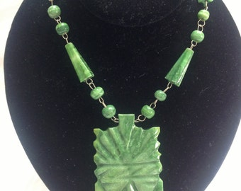 Vintage Mexican Carved Green Aventurine Stone Tribal Mask Pendant Necklace