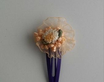 Peach garden hair clip