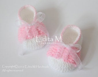Crochet baby booties, baby girl shoes, baby girl low sneakers, gift idea, baby shower, announcement, gift for baby, 0-3, 3-6, 6-9 months