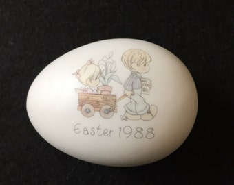 Enesco Precious Moments Easter 1988 Egg Trinket Box Vintage
